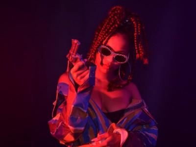 R'n'B trapová speváčka IAMDDB prijde do Viedne, exkluzívna súťaž o lístky!