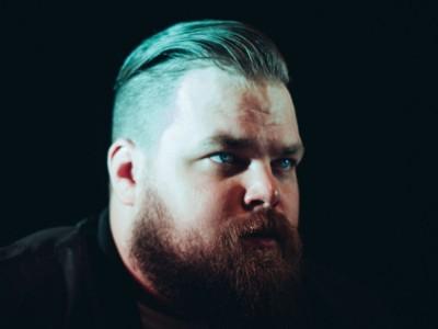Kráľ analógovej melódie Com Truise vystúpi v pražskom MeetFactory už 7.3.
