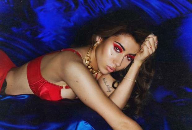 "Swine Review: Kali Uchis – ""Isolation"" 8/10"